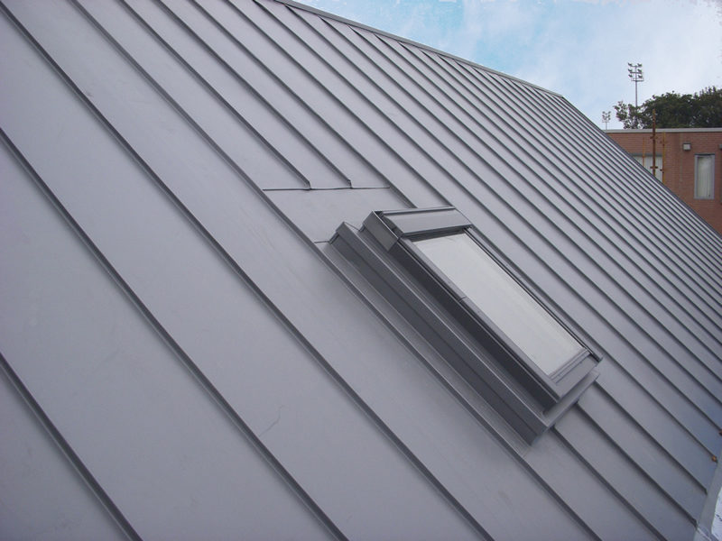 Ind Bottom 4 Grey Roof And Window